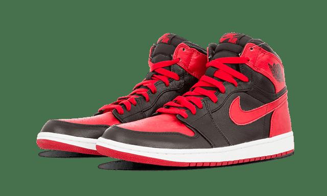 หาเงินซื้อรองเท้าสนีกเกอร์ Nike air Jordan ด้วยการเล่นเกมสล็อตออนไลน์ PG SLOT